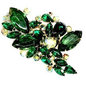 Vintage 1960s Large Emerald Rhinestone Brooch